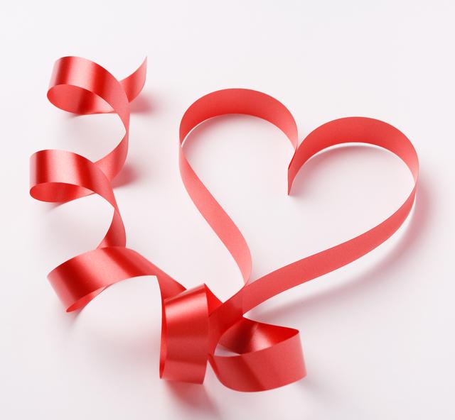 似てそうで似てない?『好き』と『愛してる』の違い、ご存知ですか?のサムネイル画像