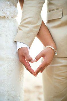 緊張を味方に付けて結婚式を楽しむために知っておきたいことのサムネイル画像