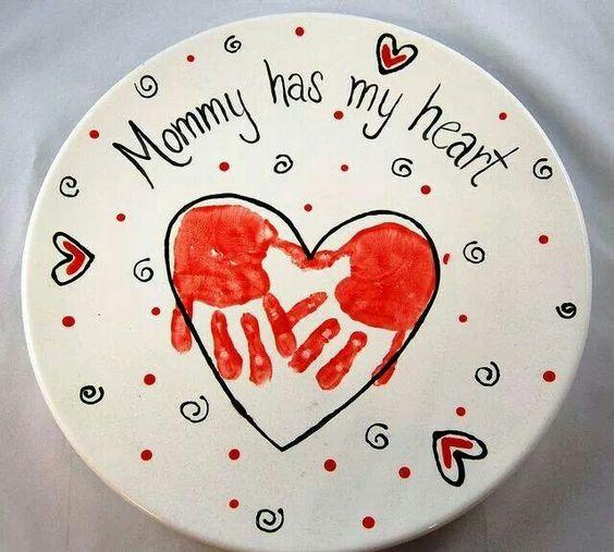 世界に1つだけ!新生児の手形アートをおしゃれに可愛く作る方法のサムネイル画像