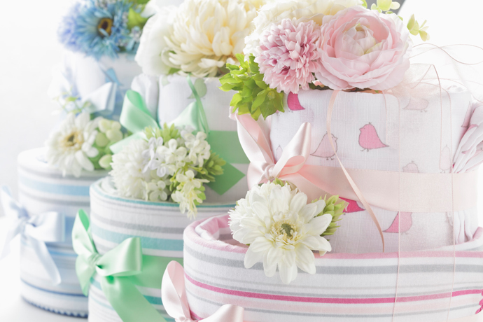 男の子向けの出産祝いにオススメ!おむつケーキをご紹介します!のサムネイル画像