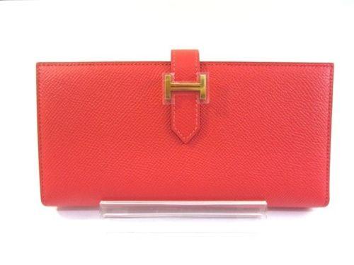 [年代別]必見!オトナ女子に人気の可愛い財布をご紹介します♪のサムネイル画像