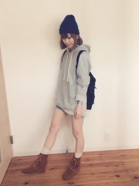 【お洒落女子注目】レディースパーカーの着こなしを徹底追及!!のサムネイル画像