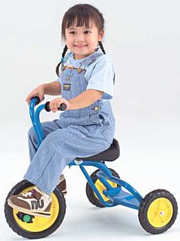 【安心、安全、かわいい!】おすすめ三輪車3台を厳選紹介!のサムネイル画像
