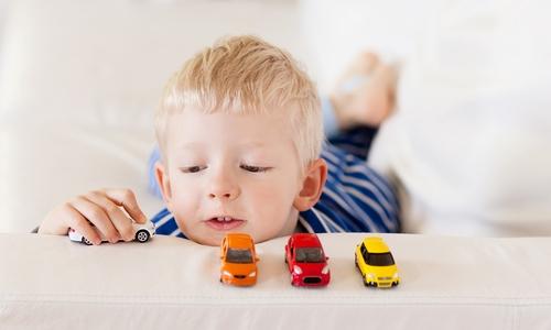 種類が多すぎて選ぶのが大変!子供のおもちゃを選ぶ基準って?のサムネイル画像