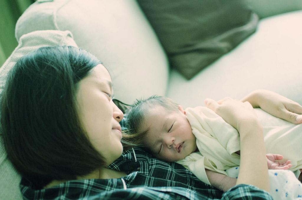 育児の疲れも吹き飛ぶぞ!赤ちゃんの寝顔は最高の活力材!!のサムネイル画像