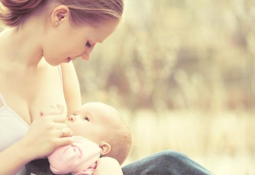 悪夢じゃないの!?出産後の体重が減らない!!体重はいつ戻るの?のサムネイル画像