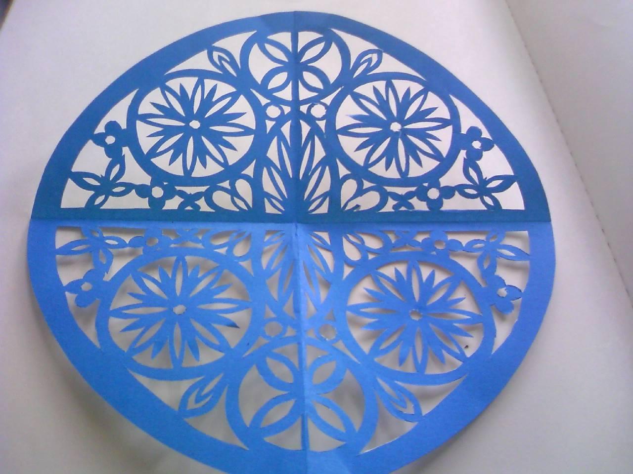 懐かしい折り紙☆皆さんは、折り紙でどんな切り抜きができる?のサムネイル画像