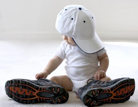 赤ちゃんに履かせたい!おすすめの♡かわいい・便利♡な靴~4選~のサムネイル画像