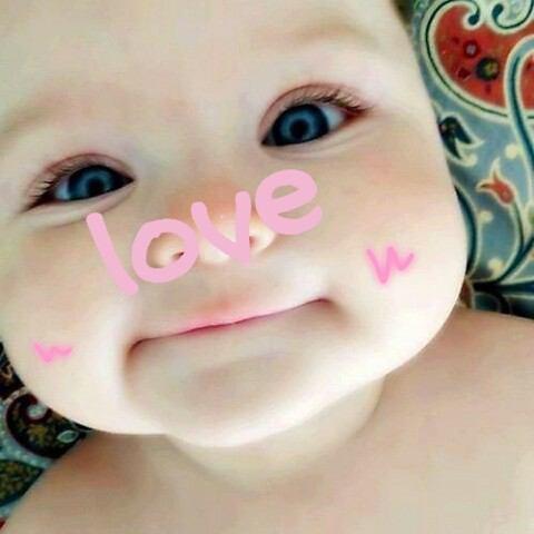 とってもかわいい赤ちゃんのほっぺ☆そのほっぺを守るには??のサムネイル画像