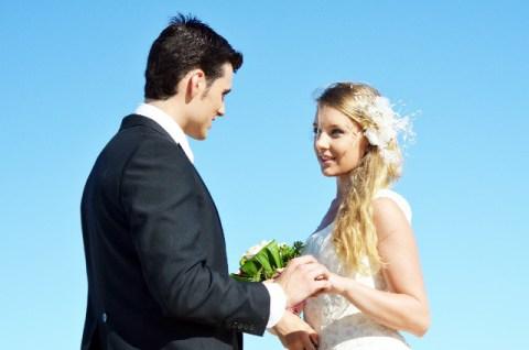 恋愛して 結婚に至るまでの交際期間て 平均どのくらいでしょうか?のサムネイル画像