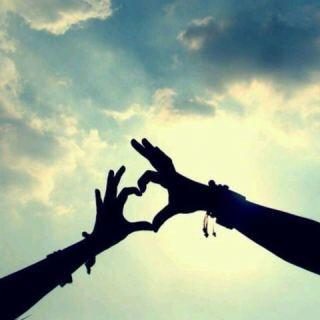 遠距離恋愛をしている人必見!携帯電話をたくさん活用しましょう!のサムネイル画像