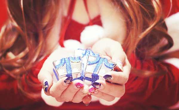 喜ばれること間違いなし!彼氏へのおすすめクリスマスプレゼントのサムネイル画像
