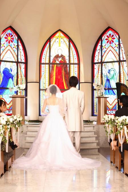 結婚式に上司は呼ぶのか悩んでいる人におすすめの情報まとめのサムネイル画像