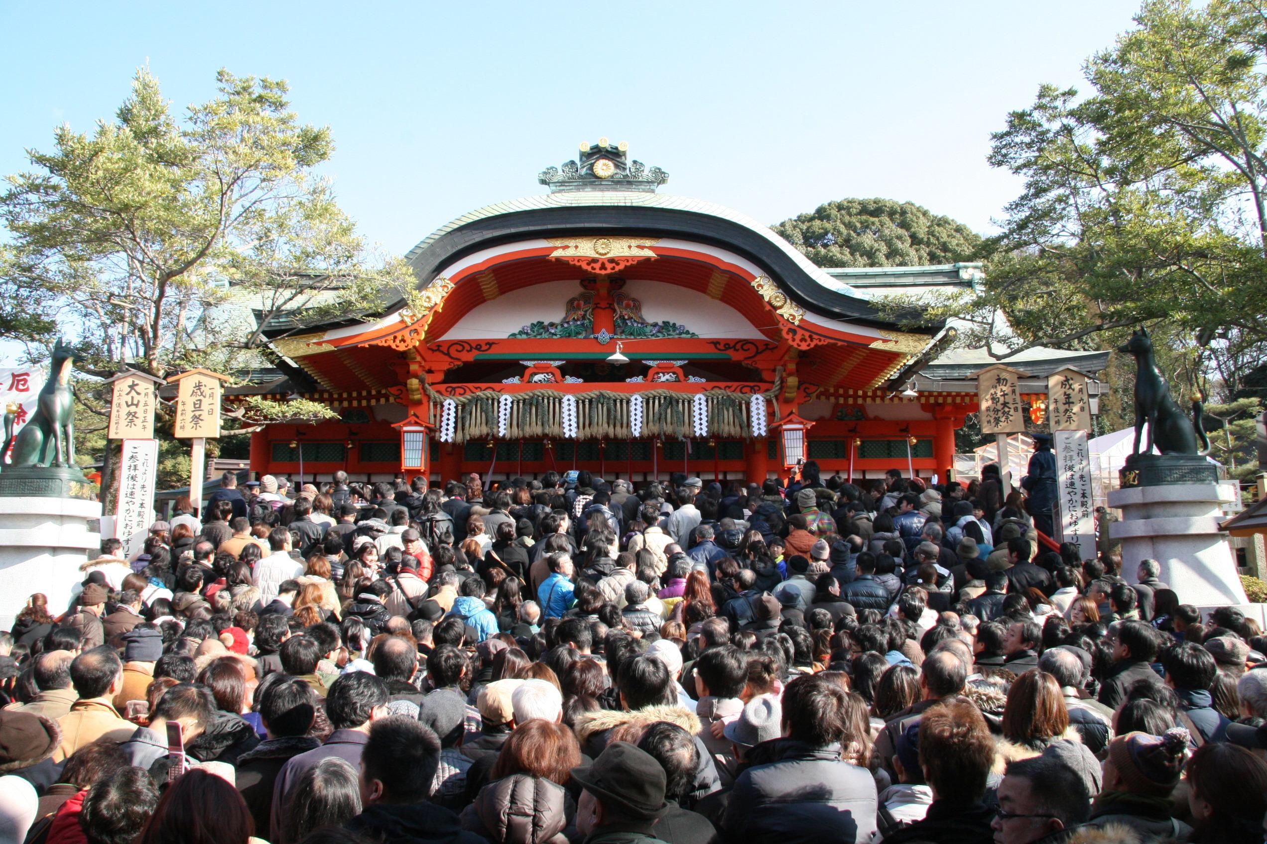 正月デートはやっぱり初詣♡関西の初詣デートにおすすめ人気スポットのサムネイル画像
