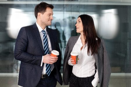 【職場恋愛は難しいがスリル感は最高】職場恋愛のきっかけと注意点のサムネイル画像