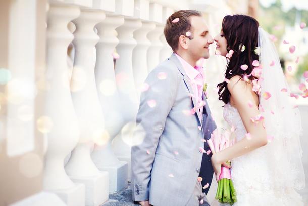 お金が足りない?!結婚生活で必要なお金と、赤字の原因とは?のサムネイル画像