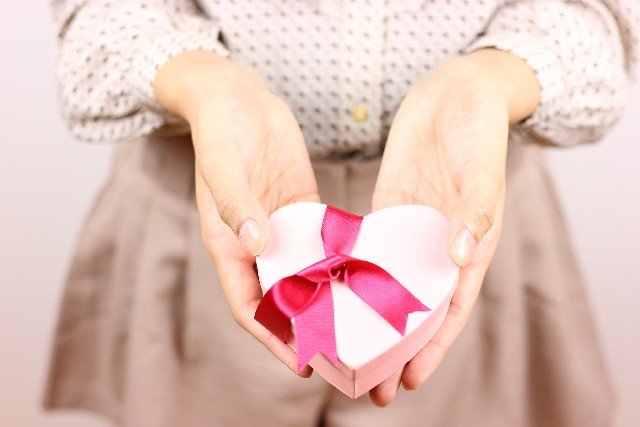バレンタインにおすすめ!おもしろいデザインのチョコレートのサムネイル画像