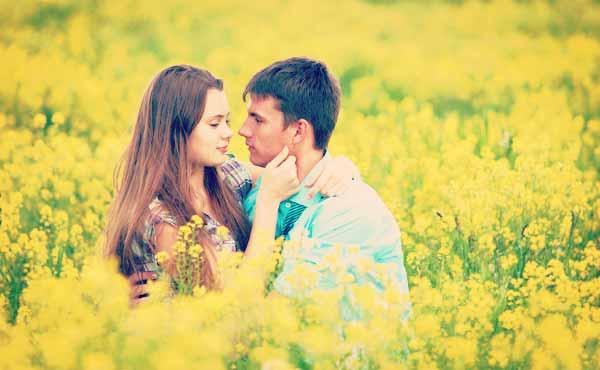 好きな人に告白できない!後悔しない恋愛をするための方法とは?のサムネイル画像