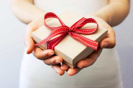 結婚式の贈り物はコレに決まり!贈り物のタブーには気を付けて!のサムネイル画像