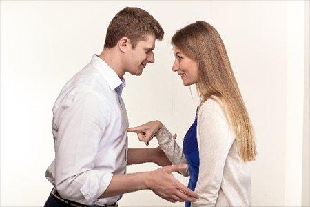 入社が一緒!気心知れてる!ゆえに同期との恋愛を波風立てないテク!のサムネイル画像