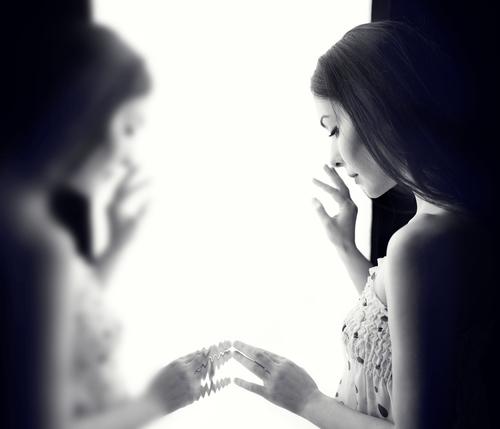 彼氏の事を信じたいのに信じれない…そんな方へ!彼氏を信じる方法!のサムネイル画像