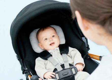 新生児期から使えるベビーカーは安定性は?ベビーカーを徹底調査!のサムネイル画像
