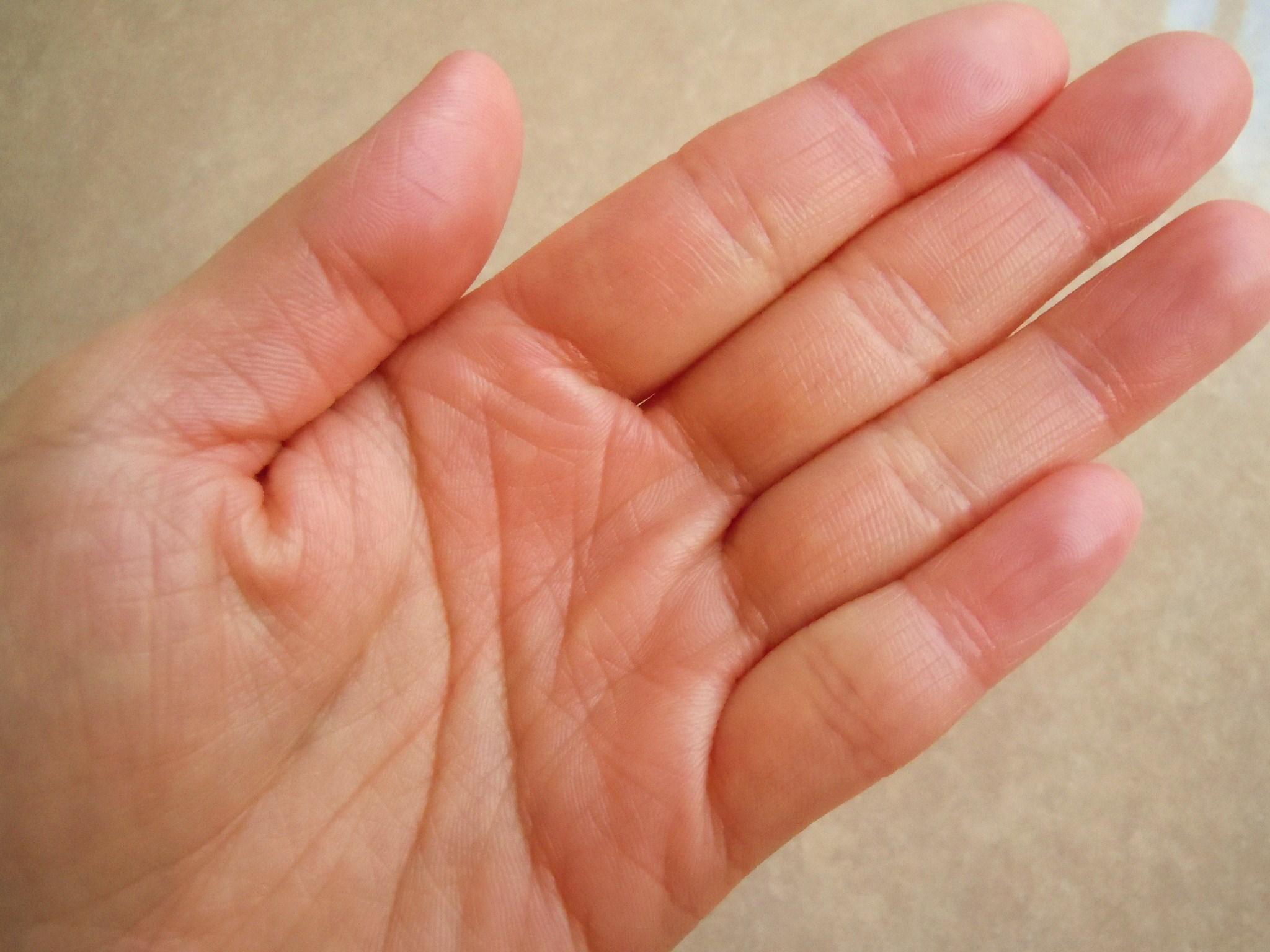手荒れに手袋はダメ?それとも効果あり?気になる予防と対策は?のサムネイル画像