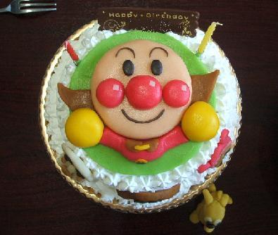 お子さんのお誕生日に!アンパンマンケーキの作り方まとめ★のサムネイル画像