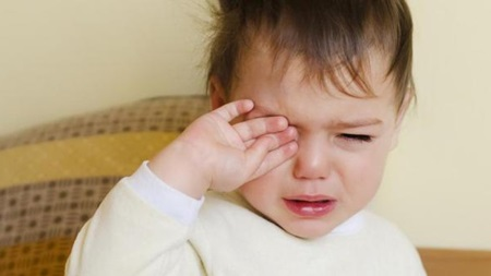 夜泣きが終わる頃の一歳半なのに…一歳半から夜泣きもあるって本当?のサムネイル画像