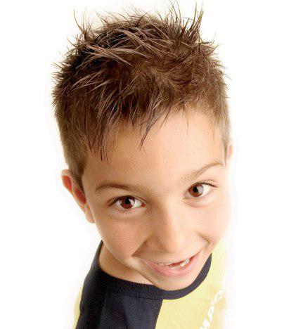キッズのヘアアレンジ 男の子だってカッコよくキメたい!!のサムネイル画像