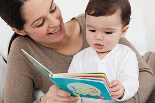 ネット予約もできる!最近の図書館。豊かな子育てに活用しようのサムネイル画像