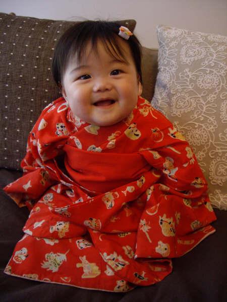 赤ちゃんのセレモニーに着物?!赤ちゃんにピッタリの着物をご紹介☆のサムネイル画像