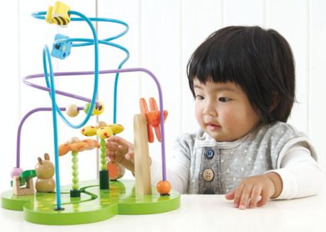 知育玩具で幼児の個性を伸ばそう!ママも安心おすすめ知育玩具のサムネイル画像