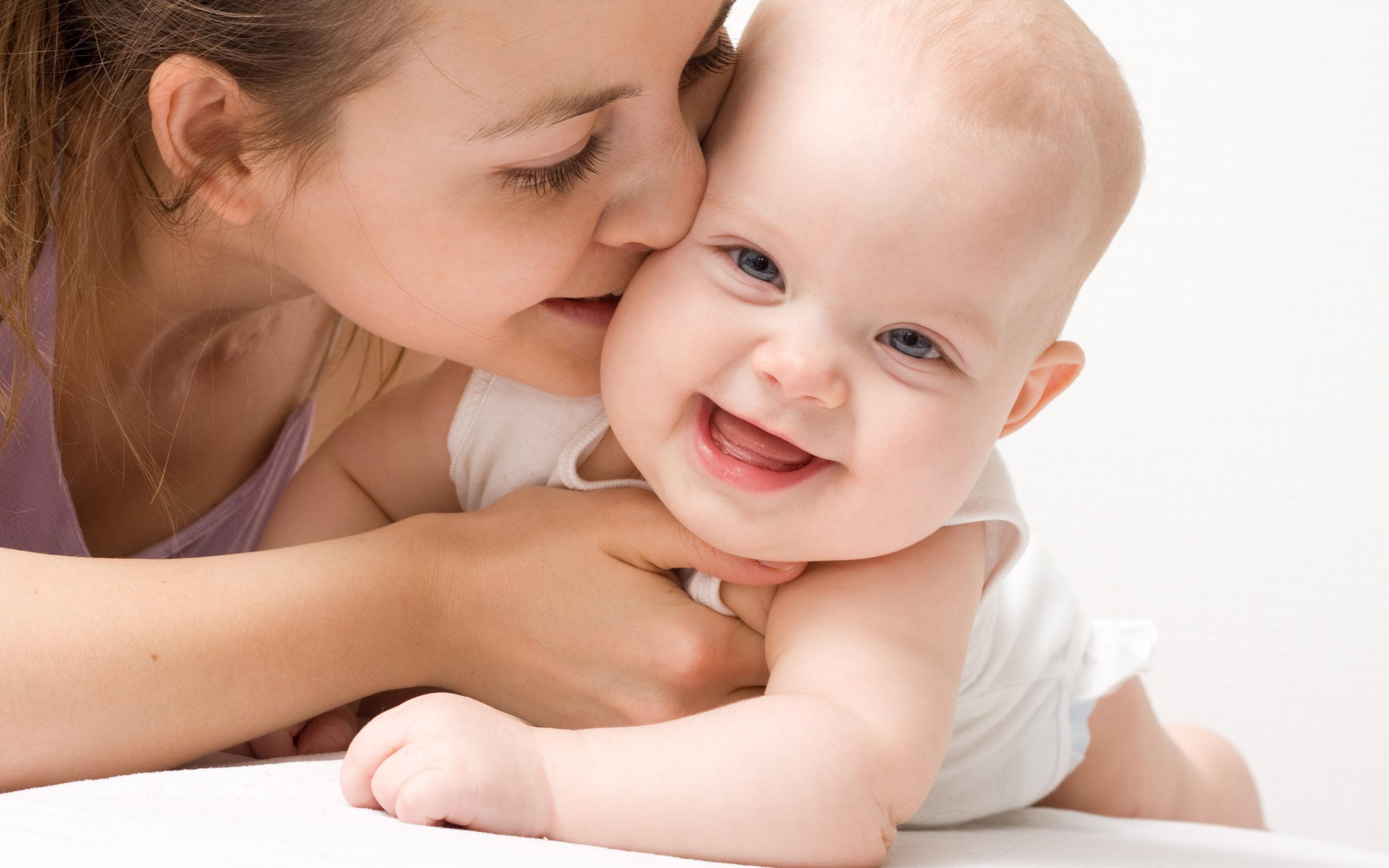 赤ちゃんもママもベビーパウダーで天使肌☆おすすめパウダー10選のサムネイル画像