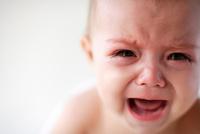 なんでそんなに泣いてるの?赤ちゃんが泣き止む裏技があるんです♪のサムネイル画像