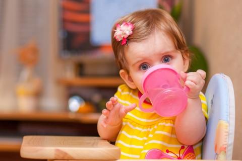 赤ちゃんにオススメするマグ特集!一緒にコップを目指しましょう♡のサムネイル画像
