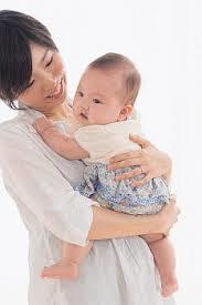 赤ちゃんの正しい抱き方は?生まれる前に勉強しておきましょう☆のサムネイル画像
