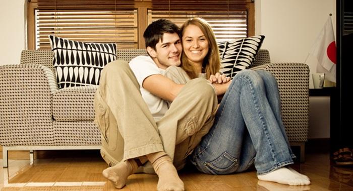 【家デート】付き合う前に家デート☆でも軽いコって思われない?のサムネイル画像