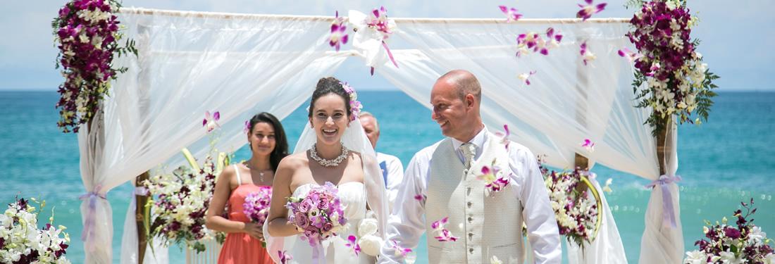 実は良いことづくめ!微笑みの国でタイで結婚式を挙げてみませんか?のサムネイル画像