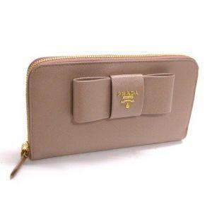39fe9c09f723 年代別]必見!オトナ女子に人気の可愛い財布をご紹介します♪|